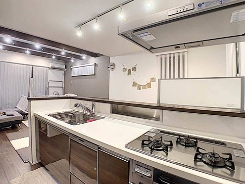 中古一戸建て-名古屋市守山区大森八龍1丁目 使い勝手の良い広々としたシステムキッチン。