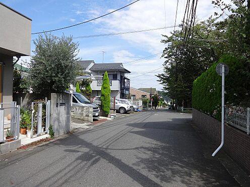 アパート-町田市鶴川5丁目 前面道路の様子