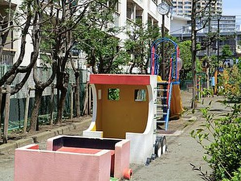 マンション(建物一部)-港区六本木7丁目 周辺環境:南一児童遊園