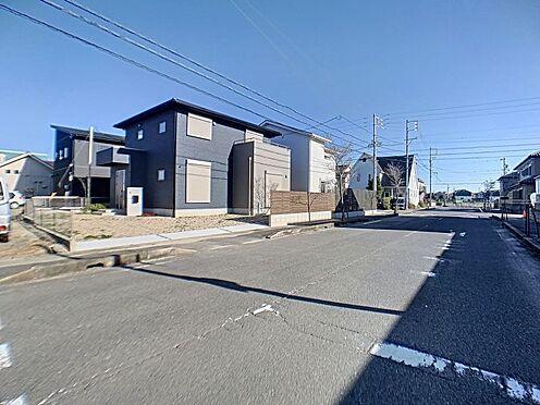 新築一戸建て-西尾市住崎2丁目 カースペース2台以上駐車可能です。