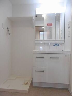 中古マンション-多摩市永山1丁目 新規交換した洗面化粧台です。