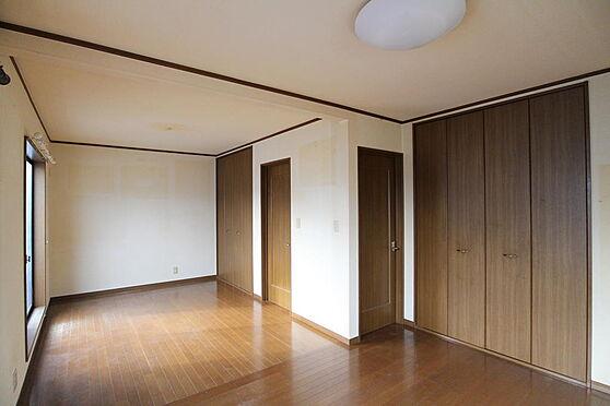 建物全部その他-鎌倉市七里ガ浜1丁目 2階、12畳の洋室