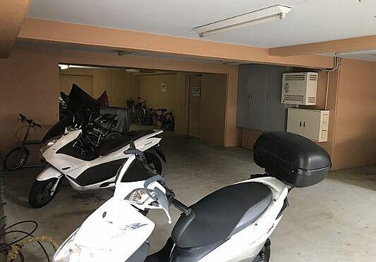 マンション(建物一部)-神戸市北区緑町8丁目 バイク置き場あり
