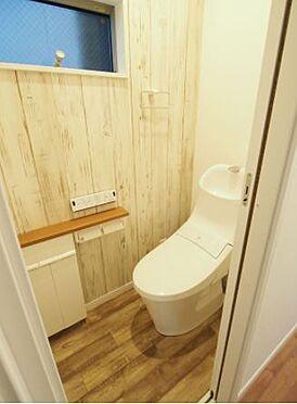 戸建賃貸-岡崎市上里2丁目 トイレ【施工例】便座部分は着脱が簡単にできるので、おトイレの隅々までお掃除していただけます♪