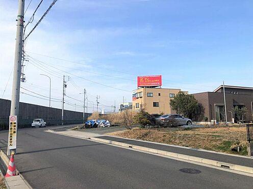 新築一戸建て-名古屋市守山区大字下志段味 道幅が広々としている為、駐車の際も安心です!【令和2年2月撮影】
