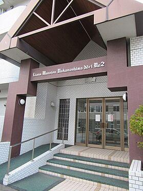 区分マンション-札幌市豊平区中の島一条7丁目 マンションエントランスの写真になります。