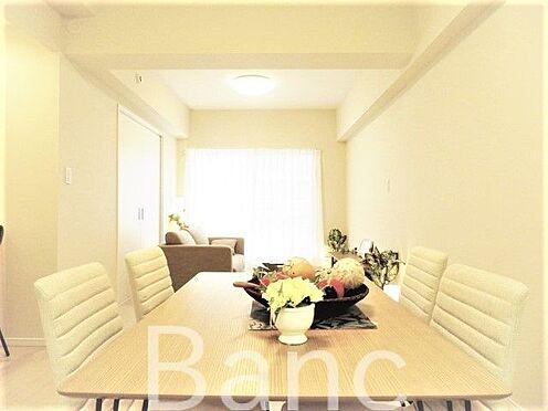 中古マンション-江東区東砂8丁目 家具の配置がしやすいリビングです