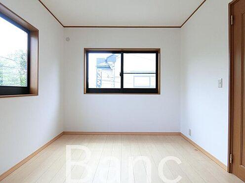 中古一戸建て-足立区佐野2丁目 2面採光で明るいお部屋です。