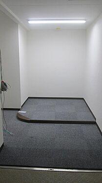 事務所(建物一部)-横浜市南区吉野町3丁目 広々玄関フロア