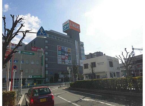 マンション(建物全部)-八尾市桜ヶ丘3丁目 大きなスーパーもあります。