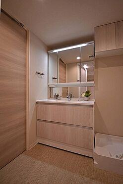 中古マンション-港区芝浦4丁目 三面鏡付洗面化粧台