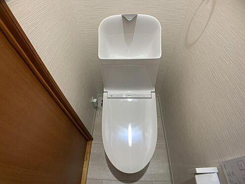 中古マンション-豊田市栄町6丁目 トイレには洗面室からお入りいただけます。