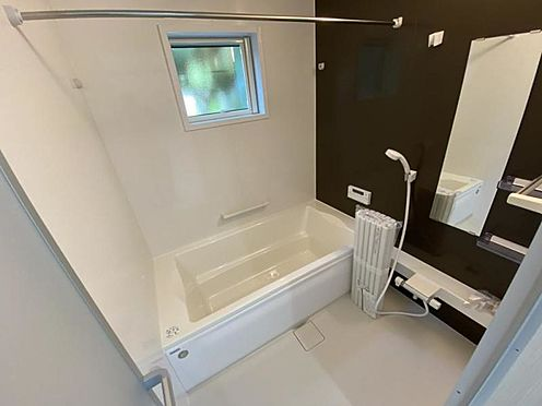 中古一戸建て-日進市岩崎町野田 窓付きの浴室で換気も楽々!