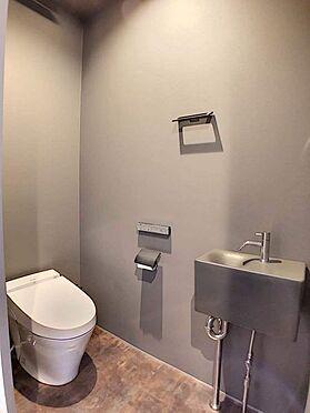 中古一戸建て-名古屋市緑区鏡田 おしゃれなスタイリッシュなトイレ