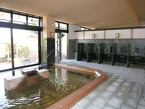 中古マンション-伊東市八幡野 〔温泉大浴場〕檜風呂となっています。