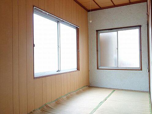 アパート-呉市西塩屋町 2面採光の室内は日当り、風通し良好です♪(2階)