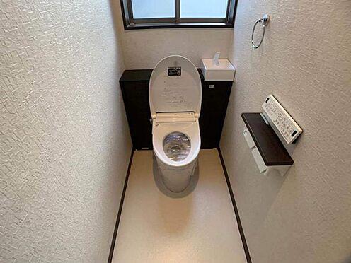 中古一戸建て-岡崎市舳越町字東沖 トイレの後ろ側にはお花などを飾ってぜひ素敵な空間に...♪