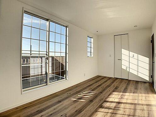 新築一戸建て-名古屋市守山区小幡北 全居室南向きの為、明るい暖かい空間です。