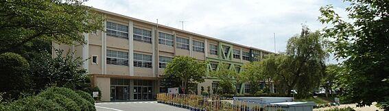 戸建賃貸-桜井市安倍木材団地1丁目 安倍小学校 徒歩 約14分(約1100m)