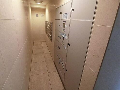 区分マンション-北区神谷3丁目 ご不在時にお荷物を保管できる宅配ボックス設置