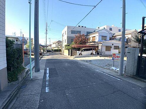 新築一戸建て-名古屋市南区戸部町3丁目 南側公道幅員約6.35mと広々しております♪