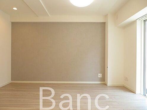 中古マンション-渋谷区円山町 梁の少ないリビングで家具の配置がしやすい間取りです