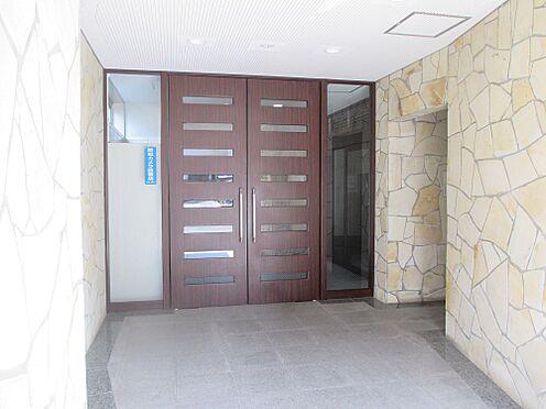 マンション(建物一部)-福岡市中央区荒戸1丁目 マンションの玄関