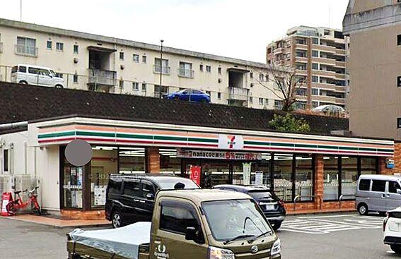 区分マンション-福岡市中央区小笹5丁目 セブンイレブン福岡平和5丁目店。150m。徒歩2分。