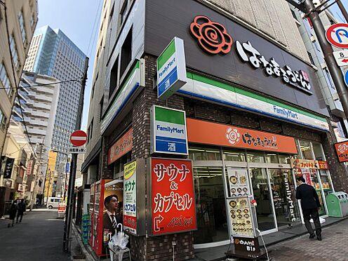 マンション(建物一部)-千代田区神田三崎町3丁目 駅から物件の途中にはコンビニあり。物件から徒歩約1分の距離です。