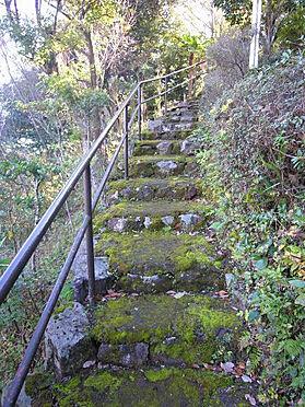 中古一戸建て-伊東市宇佐美 <階段>約60段あります。