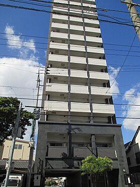 マンション(建物一部)-福岡市東区箱崎2丁目 白色と黒色のモダンなマンション