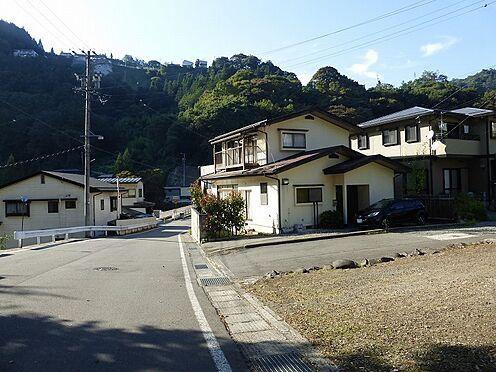 建物全部その他-長野市大字茂菅 前面道路を含む外観