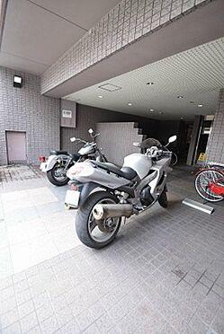 マンション(建物一部)-京都市上京区西船橋町 バイク置き場あり
