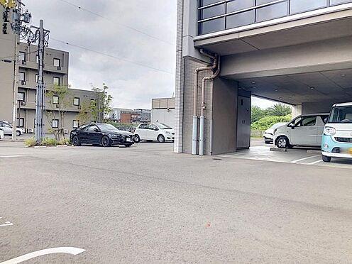 区分マンション-東海市高横須賀町御洲浜 敷地内駐車場1台継承可能です!