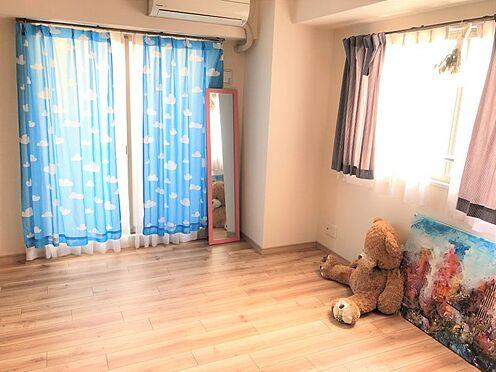 中古マンション-名古屋市緑区八つ松2丁目 室内は窓が豊富!暖かな日差しが室内に差し込みます。
