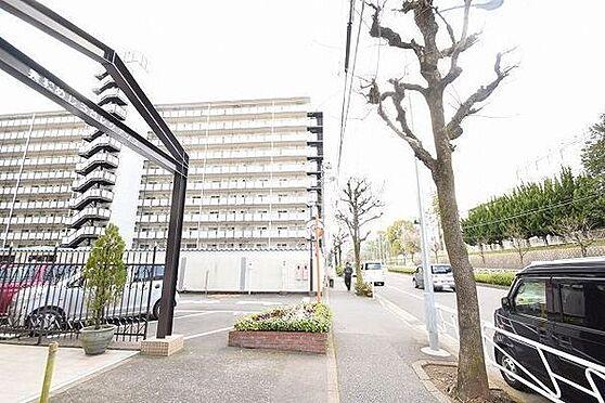 マンション(建物一部)-八王子市椚田町 前面道路を含む現地写真