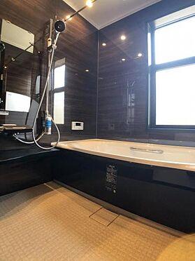 中古一戸建て-福岡市早良区飯倉4丁目 浴室乾燥機付きのお風呂です。