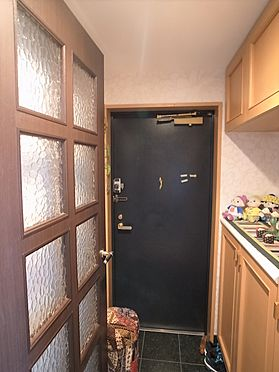中古マンション-横浜市港南区野庭町 玄関掲載中の家具、調度品等は販売価格に含まれません