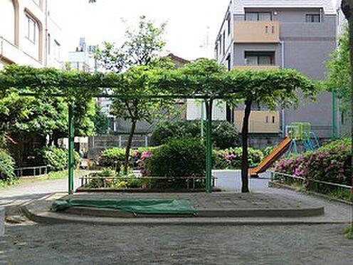 マンション(建物全部)-世田谷区下馬6丁目 周辺環境:三谷児童遊園