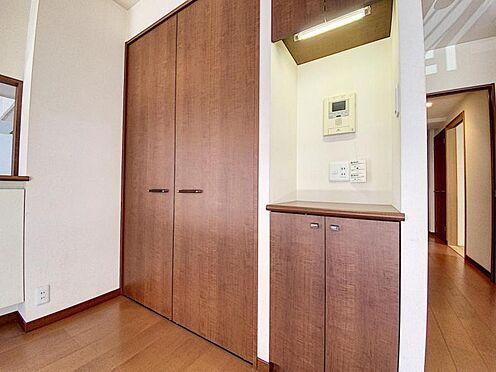 区分マンション-福岡市城南区別府4丁目 リビング収納充実しております♪