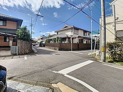 中古一戸建て-名古屋市千種区山添町2丁目 西側と南側に接道しているので、お出かけするのも楽々です。
