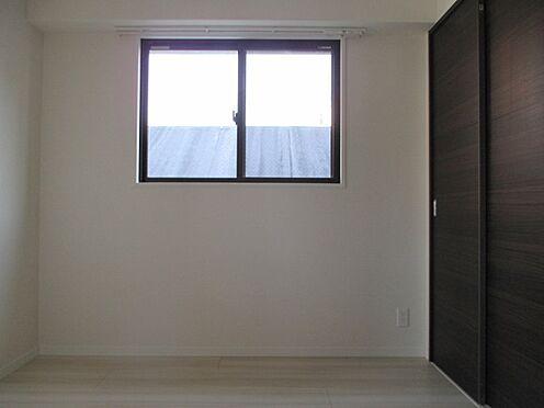 マンション(建物一部)-福岡市博多区対馬小路 寝室とは引き戸で分かれています(同タイプ室内写真(新築時))