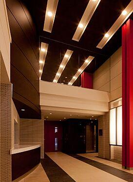 マンション(建物一部)-大阪市北区中崎西4丁目 吹き抜けで開放感のあるロビー