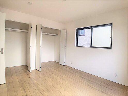 新築一戸建て-名古屋市北区辻町8丁目 各居室収納完備です。お部屋を広く使えます。