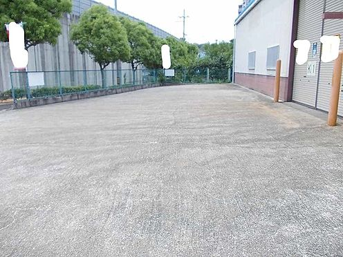 倉庫-河内長野市加賀田 駐車場