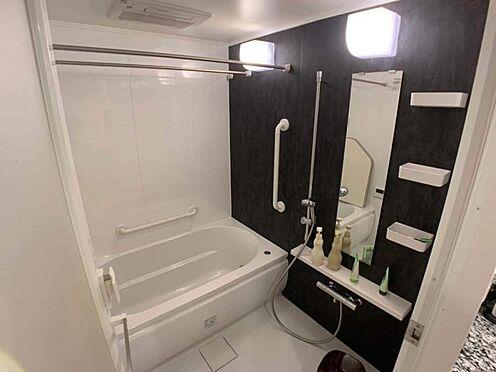 中古マンション-豊田市小坂町1丁目 ゆっくりくつろぎたくなる浴室です。半身浴やボディケアなど、ひとりの時間もお楽しみください。