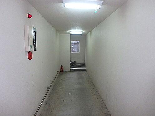 アパート-札幌市豊平区平岸三条16丁目 共用廊下