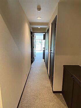中古マンション-伊東市八幡野 【廊下】南東向きのお部屋です。