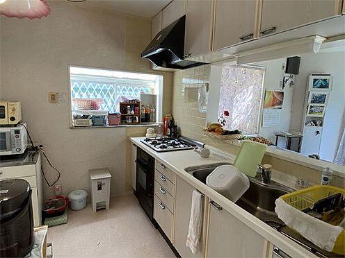 中古一戸建て-伊東市荻 【キッチン】コンパクトですが使いやすいカウンターキッチンです。