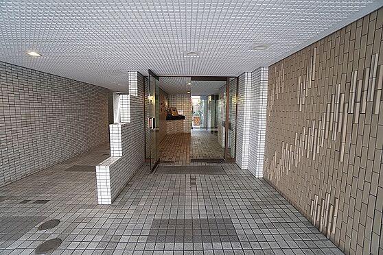 区分マンション-福岡市中央区薬院3丁目 エントランス